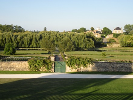 lafite_grounds