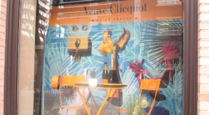 veuve_window_small